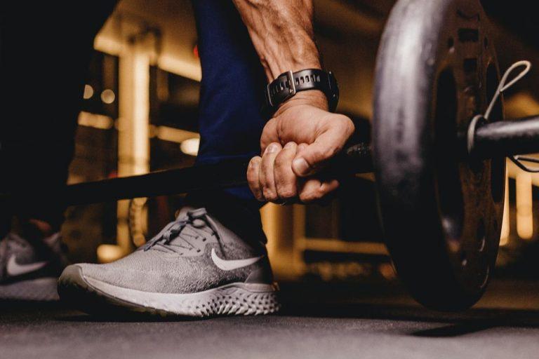 Odpowiednia odzież sportowa z pewnością ułatwi ćwiczenia