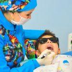 Przydatne informacje dla osób poszukujących doskonałej opieki stomatologicznej